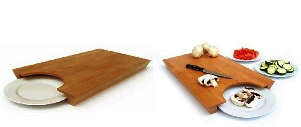 Удобная досточка со встроенной тарелкой
