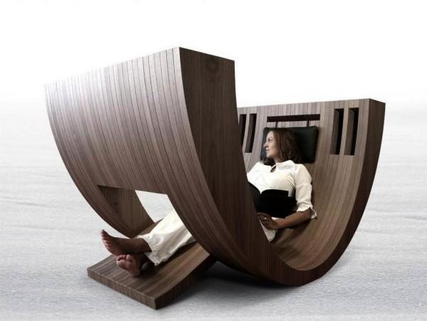 Kosha chair, необычное кресло-лежанка для работы и отдыха от Claudio D'amore