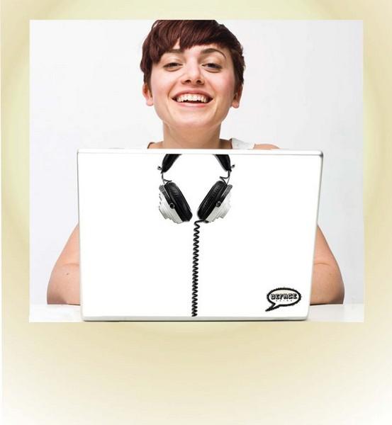 Виниловые наклейки для ноутбуков Deface для креативного «тюнинга»