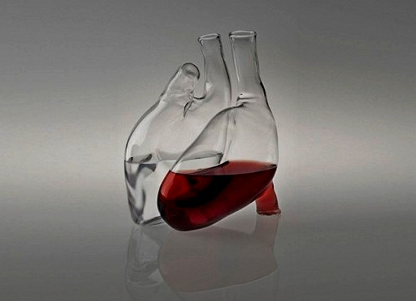 Cuore carafe, стеклянные графины в форме сердца
