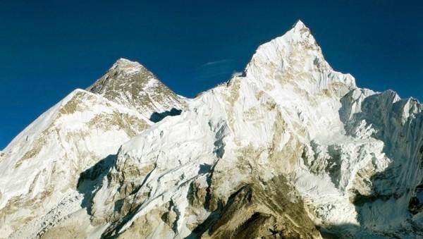 Веб-камера с видом на Эверест