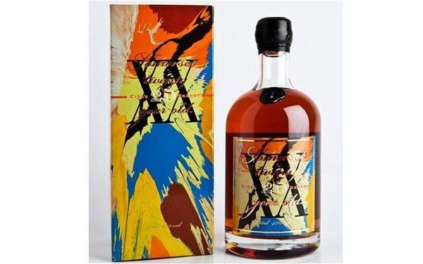 Бутылка бренди Somerset Cider с дизайном от Дэмьена Херста (Damien Hirst)