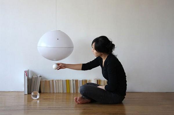 Fiat Lux Lamp, необычный светильник с магическим выключателем