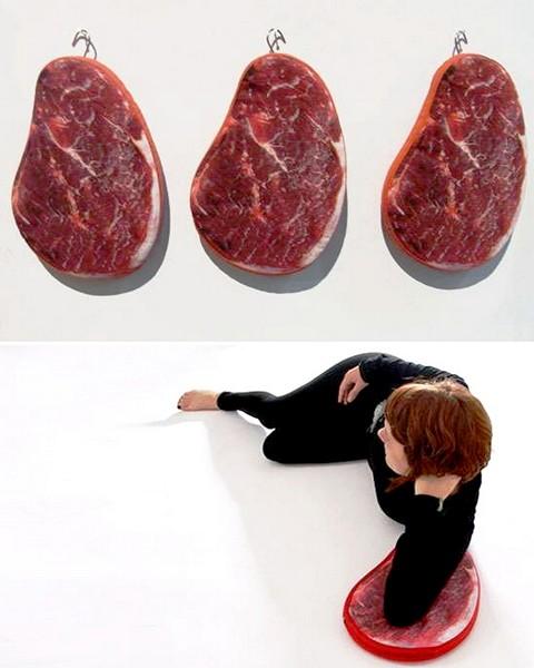 Дизайнерские подушки из мясного отдела