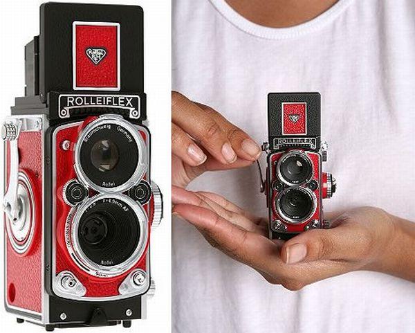 Ретро-камера Rolleiflex Mini Digital