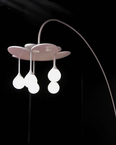 Светильник Drop Light, состоящий из модулей-*капель*