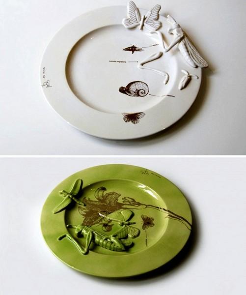 Тарелки из серии Five Stars Crockery с фигурками пострадавших насекомых