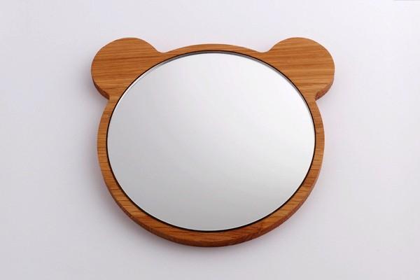 Забавное зеркало Bear Face Mirror от компании All Lovely Stuff