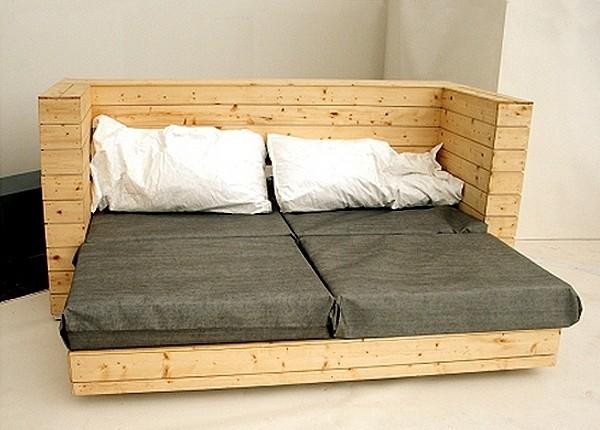 Изначально мебель Andy Warhol - это двуспальный диван