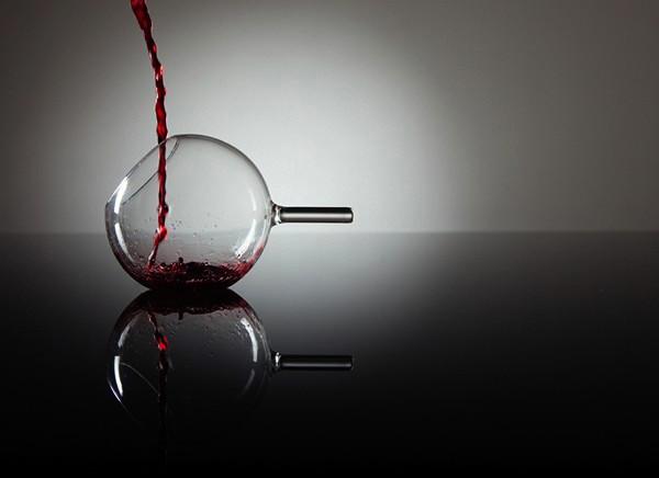 Дизайнерские бокалы rEvolution Wine Glass для новой концепции употребления вина