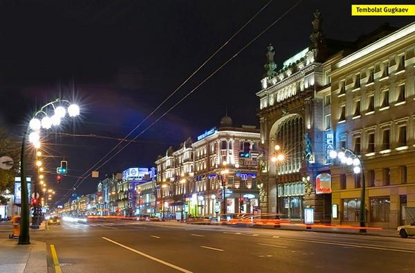 Концептуальный проект необычного уличного освещения. Фонари Lily street light в виде ландышей