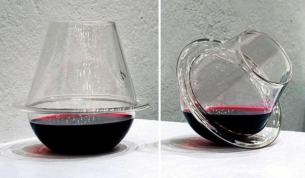 Saturn Wine Glasses, космические стеклянные бокалы от Fragile Studios