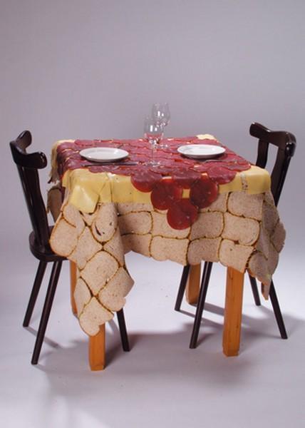 Дизайнерская скатерть из серии Table Manners
