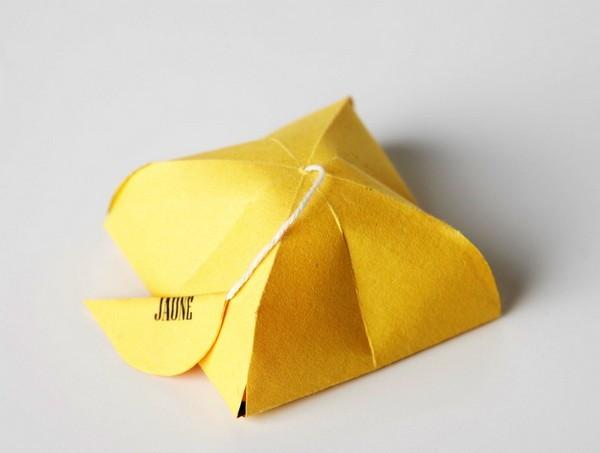 Внешность обманчива, или красочные пакетики чая в минималистичной упаковке Simply T