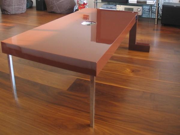 Плотоядный стол от Auger-Loizeau