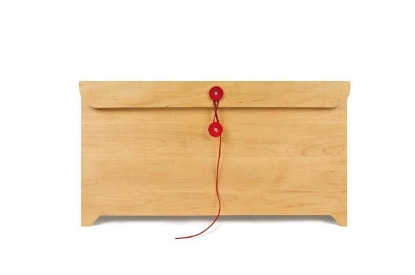 Комод Envelope Chest в виде большого деревянного конверта