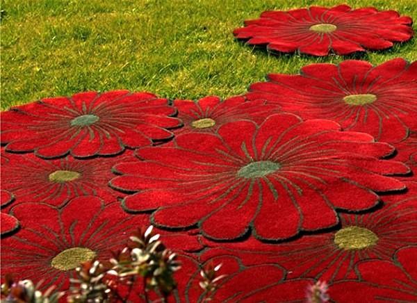 Flower Motif Rugs - цветочная поляна под ногами