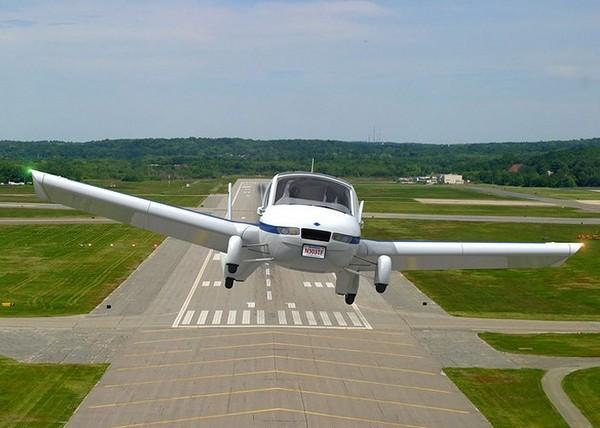 Terrafugia Transition – и самолет, и автомобиль