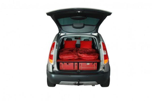 Roombox – мобильный дом в обычном автомобиле