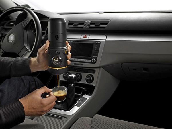 Handpresso Auto Machine. Портативная кофеварка для автомобиля