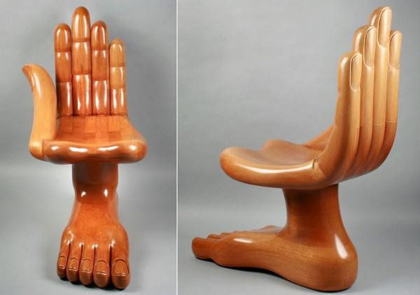 Оригинальное кресло Hand & Foot Chair от Pedro Friedeberg