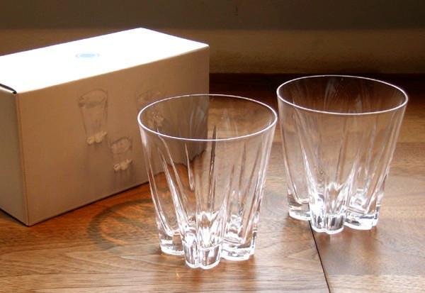 Sakurasaku Glass, необычные стаканы с цветочком на донышке