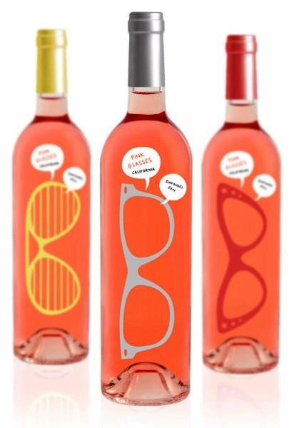 Концептуальная бутылка для розового дамского вина от студии Luksemburk