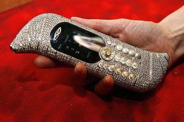 Самый дорогой в мире телефон GoldVish Le Million