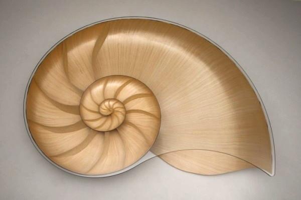 Экспериментальный стол-ракушка Nautilus от Марка Фиша (Marc Fish)