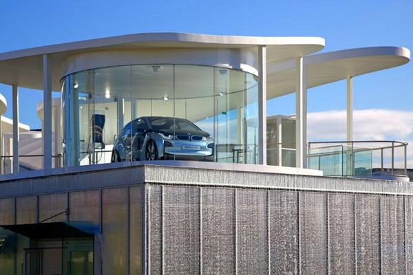 BMW Group Pavilion — выставка экономных автомобилей в Олимпийском Парке