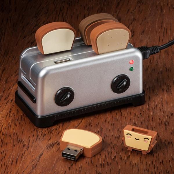 Креативный USB Toaster Hub и флешки в виде тостов