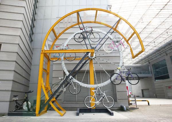 Велосипедная карусель