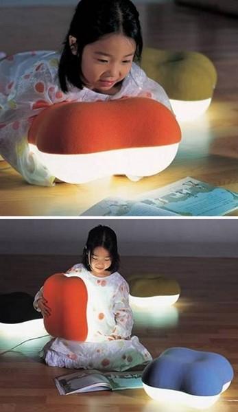 Подушка-светлячок  Floor Pillow Light