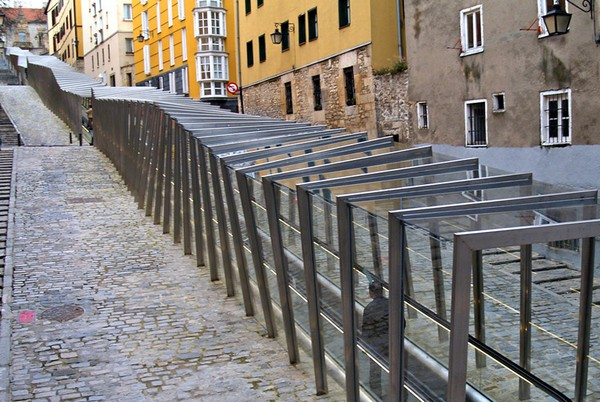 Mechanical Ramps – уникальный городской эскалатор для Витории