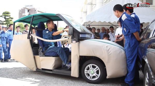 iSAVE YOU — самый безопасный в мире автомобиль