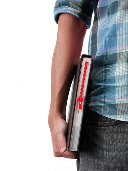 Zipmark: закладка-*молния* для бумажной книги