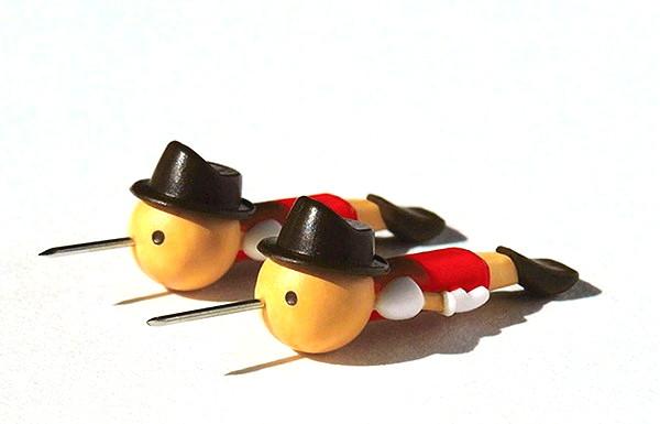 Real Boy Pins, прикольные офисные кнопки в виде Пиноккио