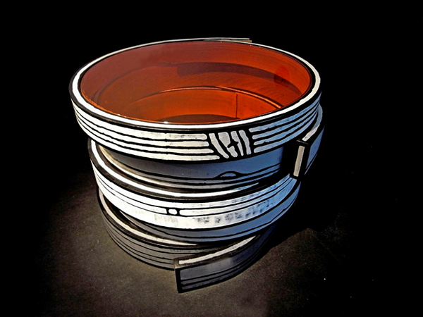 Bent Wood Tables, деревянные столы-бочки от Richard Woods и Sebastian Wrong