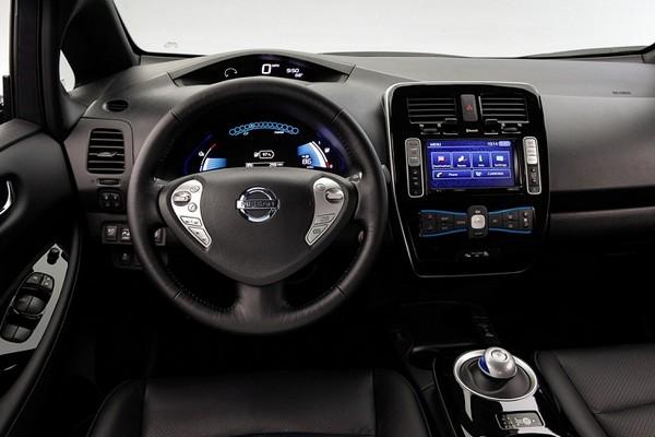 Новый Nissan Leaf – еще более экономный и быстрый электромобиль