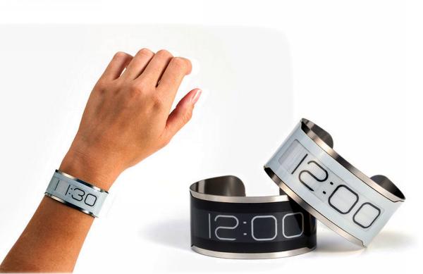 CST-01: самые тонкие в мире наручные часы
