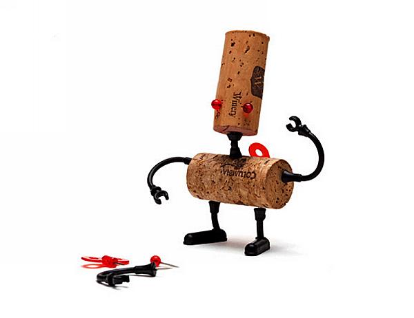 Luke, робот из винных пробок, серия Corkers Robots