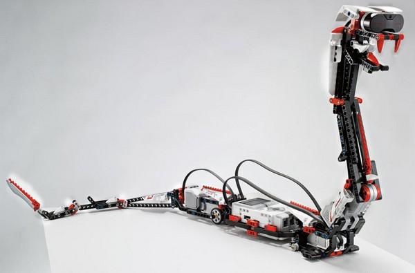 Mindstorm EV3 – робот от LEGO, управляемый мобильным телефоном