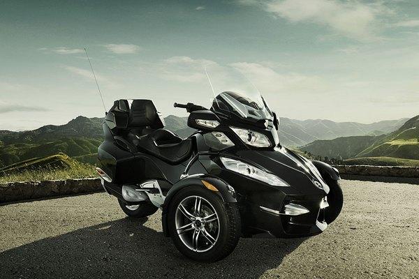 BRP Can-am Spyder RT: трехколесный друг путешественника