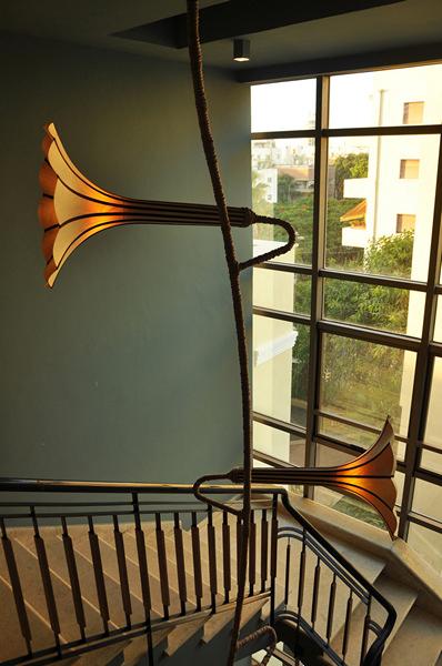 Арт-светильник Grappa Flower Lamp Chandelier от Авьяда Петеля (Aviad Petel)