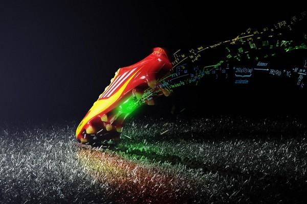 Технологичные бутсы Adidas Adizero F50