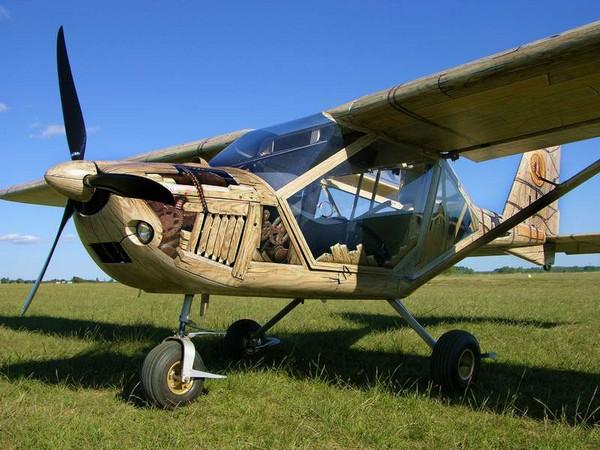 Стимпанковый деревянный самолет