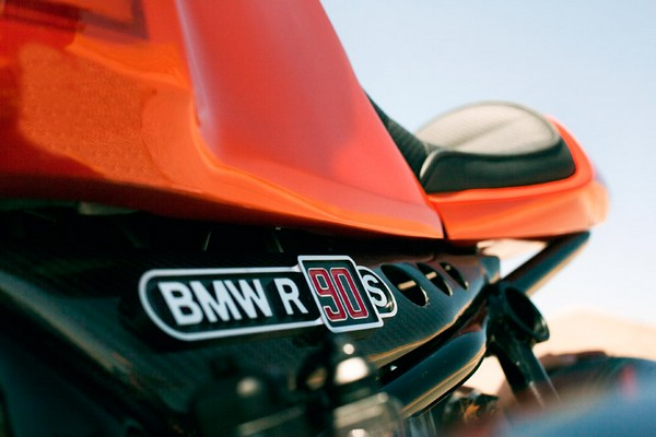 BMW Concept Ninety – спортивный мотоцикл к юбилею