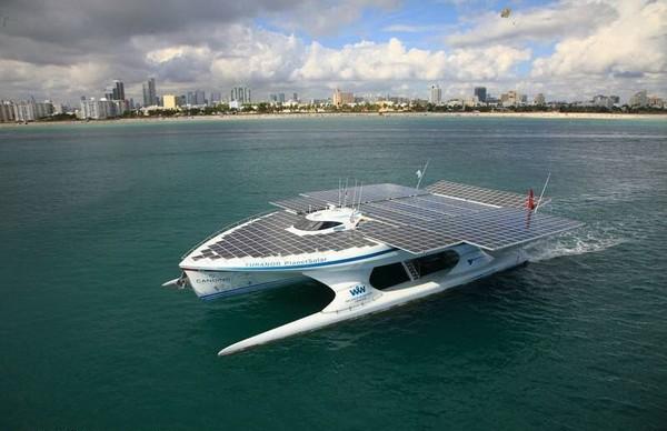 PlanetSolar – солнечная яхта для кругосветного путешествия