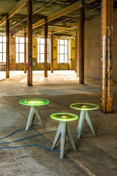 Столы-лампы в промышленном интерьере