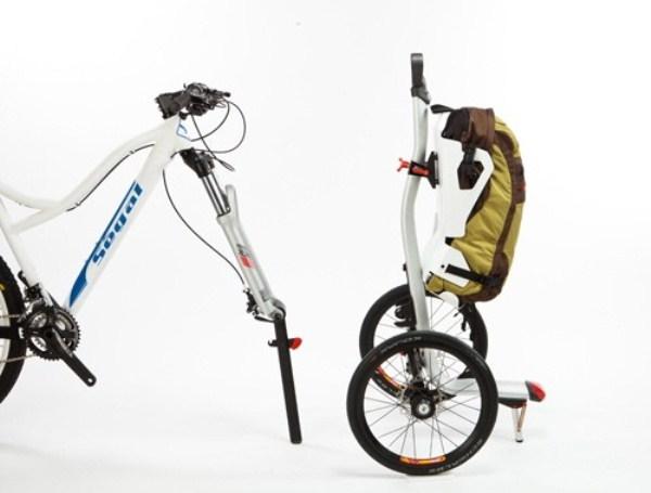 Функциональный руль необычного велосипеда